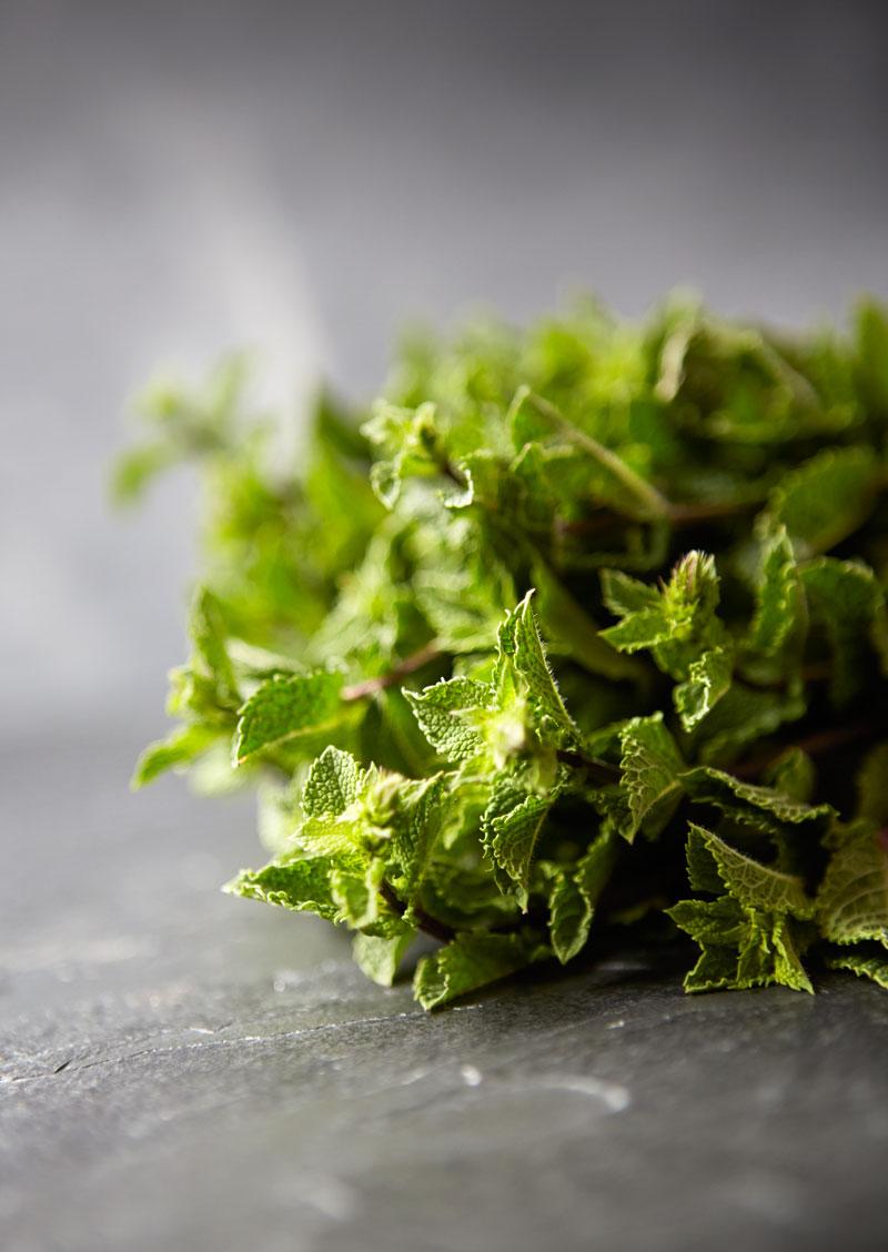 Food-photographer-Warren-Butterworth-herbs